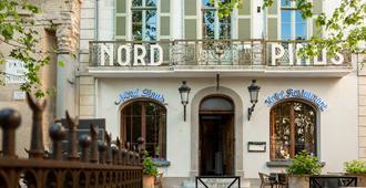 Grand Hotel Nord-Pinus - Arles - Building