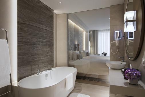 Al Bandar Rotana - Creek - Dubai - Bathroom