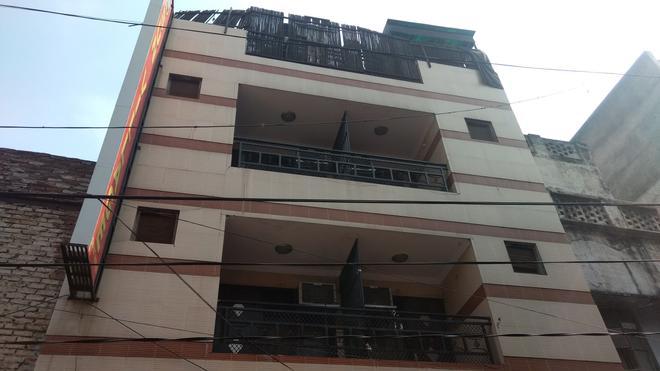 Hotel Sun Village - New Delhi - Building