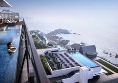 Hilton Busan - Busan - Bể bơi