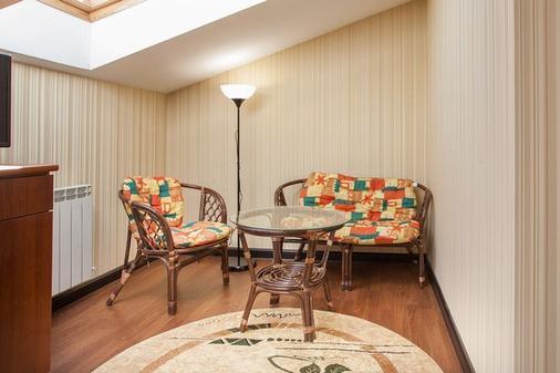 Nikitin Hotel - Nizhny Novgorod - Living room