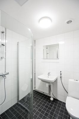 赫爾辛基赫東尼耶米弗雷農公寓式酒店 - 赫爾辛基 - 赫爾辛基 - 浴室