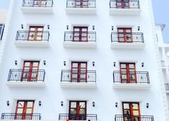Hotel Ocean Heritage - Kanniyākumāri - Building