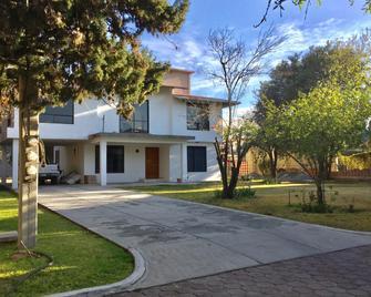 Posada -La Dulce Villa - Teotihuacán de Arista - Building