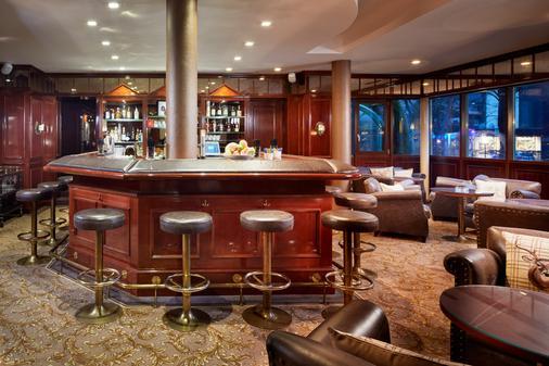 阿爾卑斯之家葛勢泰訥爾達飯店 - 巴特霍夫加施泰因 - 酒吧
