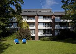 Appartment-Hotel Seeschlösschen - Timmendorfer Strand - Rakennus