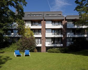 Appartment-Hotel Seeschlösschen - Timmendorfer Strand - Gebäude