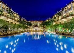 Sokha Angkor Resort - Siem Reap - Piscina