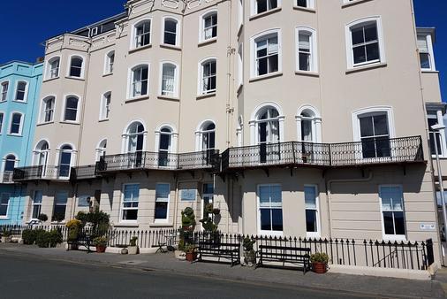 Giltar Hotel - Tenby - Rakennus