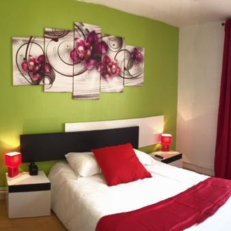 L'Hôtel du Cirque - Troyes - Bedroom