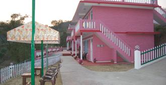 sunshine courtyard resort - Shimla