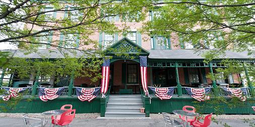 Rogues' Harbor Inn - Ithaca