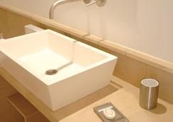 Hotel Mueller - Pontresina - Bathroom
