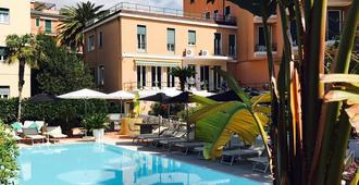 Hotel San Michele - Celle Ligure - Building