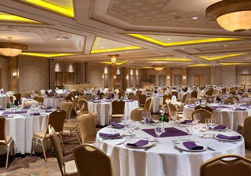 Suncoast Hotel And Casino 47 1 8 1 Las Vegas Hotel Deals Reviews Kayak