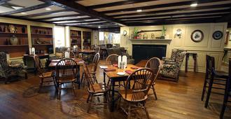 Publick House Historic Inn and Country Motor Lodge - Sturbridge - Restaurant