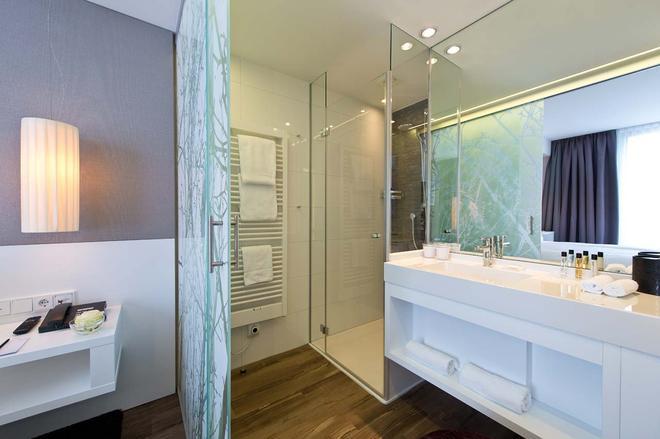 Boutique Hotel i31 Berlin Mitte - Berlin - Bathroom