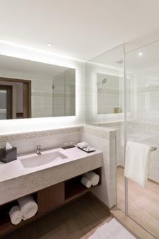 Fairfield by Marriott Visakhapatnam - Visakhapatnam - Phòng tắm