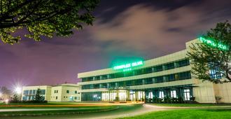 席爾瓦複合式飯店 - 布加勒斯特 - 建築