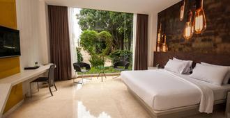 雅加達弗姆 7 號度假酒店 - 唐格朗 - 當格浪