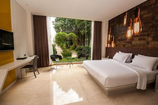 Fm7 Resort Hotel Jakarta - Tangerang City - Κρεβατοκάμαρα