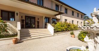 Hotel Alba Roma - Roma - Edificio