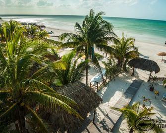 Villas Tiburon - Holbox - Beach