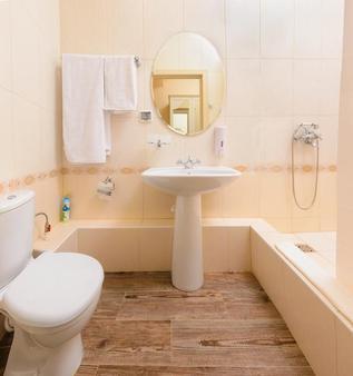 Chalet De Provence Kolomenskaya - Saint Petersburg - Phòng tắm