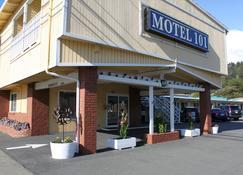 Motel 101 - Gold Beach - Building