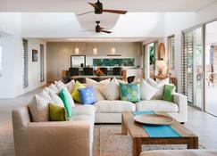 Naisoso Island Villas - Nadi - Sala de estar