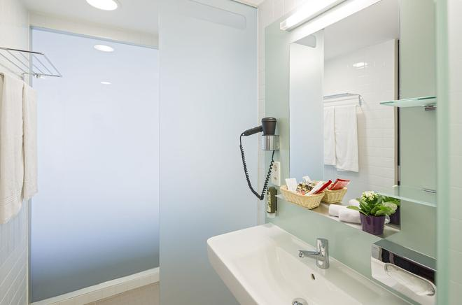 Hotel Stücki - Basel - Bathroom