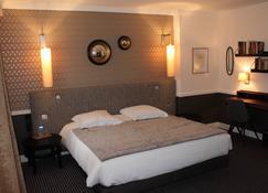 Hotel Pasteur - Châlons-en-Champagne - Bedroom