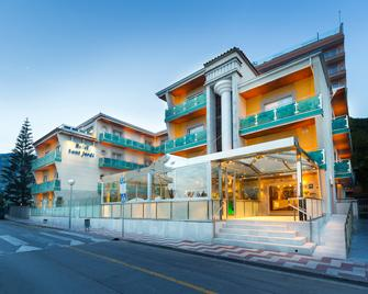 Sant Jordi Boutique Hotel - Calella - Gebäude