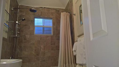 卡薩君怡酒店 - 西棕櫚海灘 - 西棕櫚灘 - 浴室