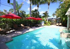 卡薩君怡酒店 - 西棕櫚海灘 - 西棕櫚灘 - 游泳池