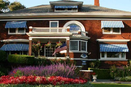 Beazley House Bed and Breakfast Inn - Napa - Rakennus