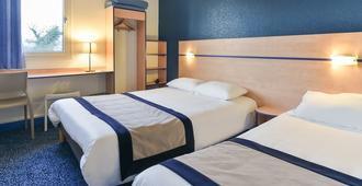 Logis Hotel Astrea - Варен-Возель - Спальня