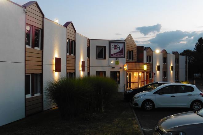 Logis Hôtel Astréa Nevers - Varennes-Vauzelles - Building