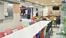 Scout Madrid Hostel - Madrid - Sala de estar