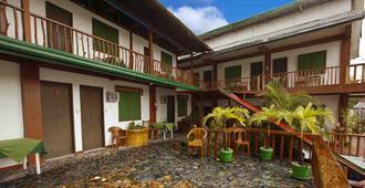 Badladz Dive Resort - Puerto Galera - Toà nhà