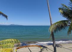 Badladz Beach And Dive Resort - Puerto Galera - Strand
