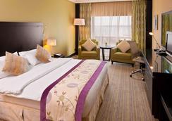 Crowne Plaza Jeddah - Jeddah - Bedroom