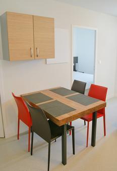 Appart Hôtel Le Liberté - Vannes - Dining room