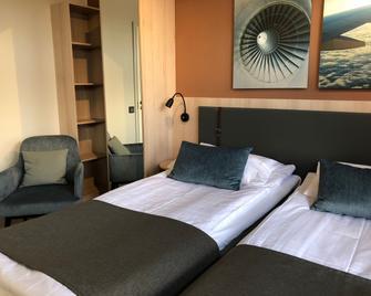 Pilot Airport Hotel - Vantaa - Bedroom