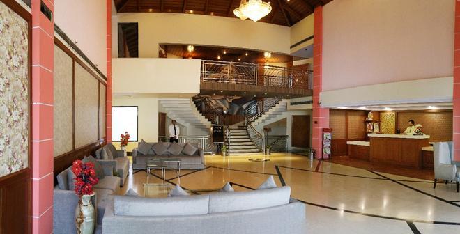迪伊商標酒店度假村 - 新德里 - 新德里 - 大廳