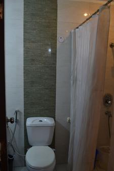 Hotel Port View - Νέο Δελχί - Μπάνιο