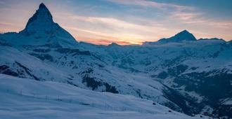 Pop-up Bed & Breakfast Zermatt - Zermatt - Outdoor view