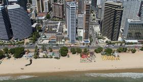 Quality Hotel Fortaleza Beira Mar - Fortaleza - Building