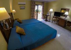 洛克阿里納斯多拉達斯酒店 - Varadero - 臥室