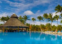 洛克阿里納斯多拉達斯酒店 - Varadero - 游泳池